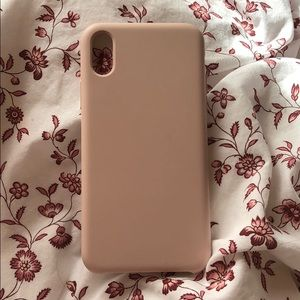 Accessories - Pink silicone iphone x case